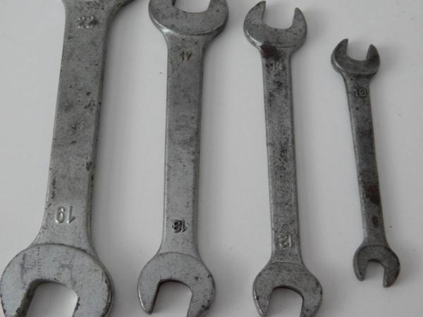 Complete Ferrari 246 Dino Tool & Jack Kit