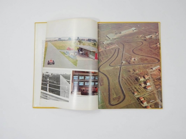 Ferrari 1975 Yearbook Annuario