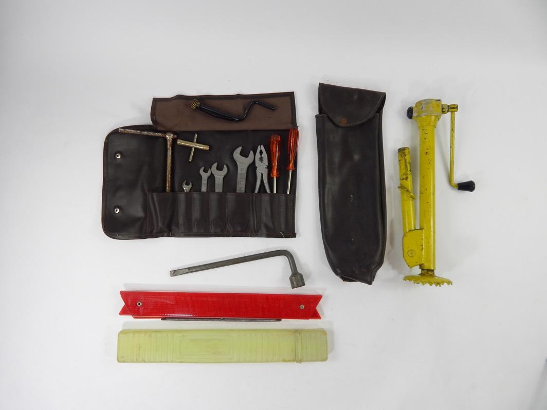 Ferrari 246 Dino Complete Tool & Jack Kit